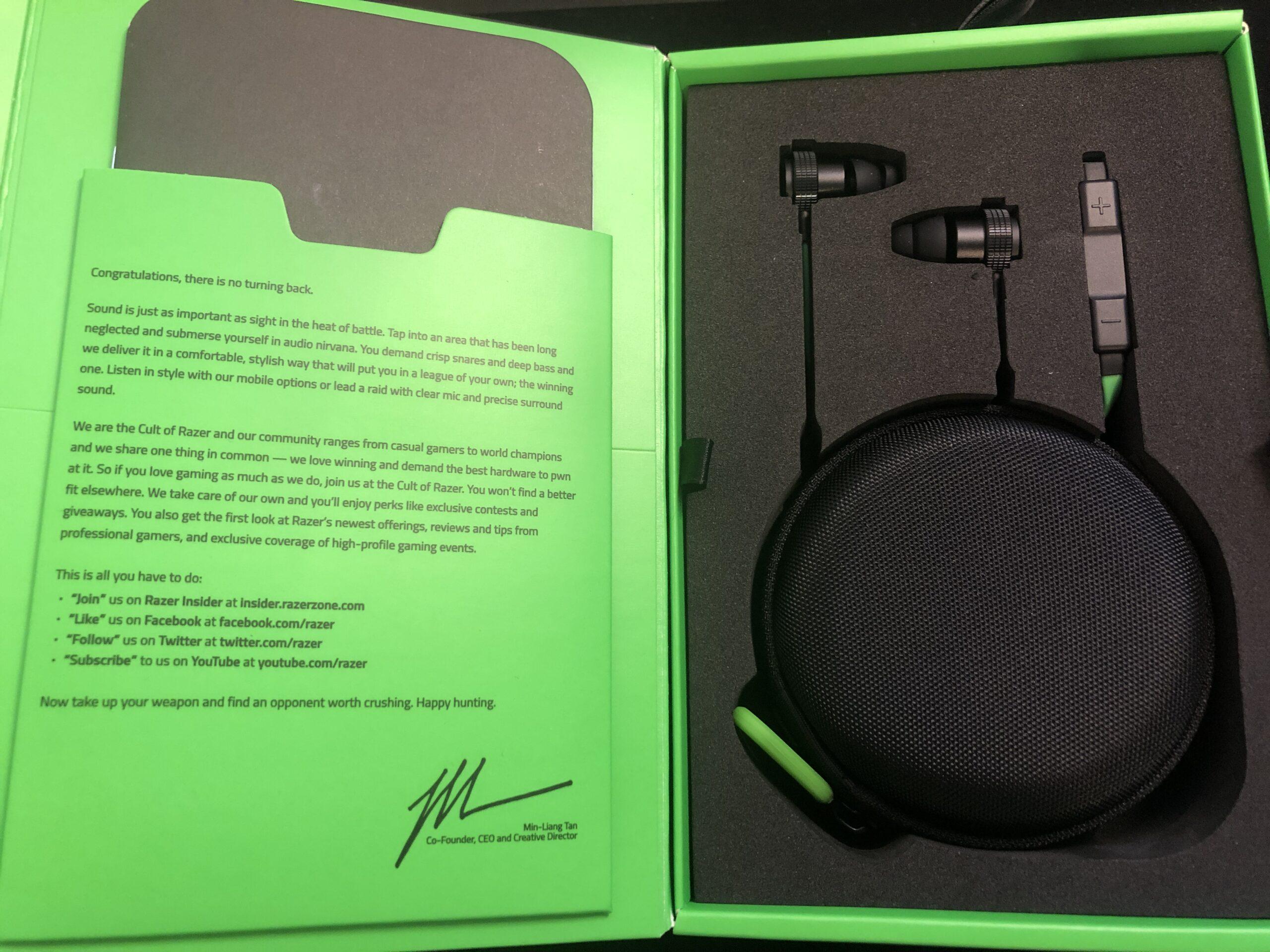 Razer Hammerhead Pro V2 梱包物
